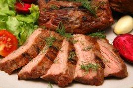 Мясной прикорм: за и против